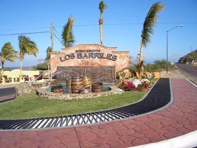 Los-Barilles-entrance.jpg