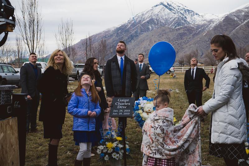 baby dew funeral-117.jpg