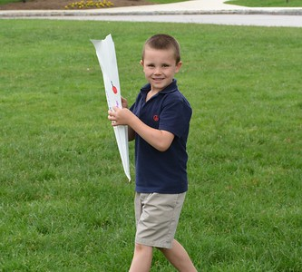 KW Flying Paper Airplanes with 4th g Grade Buddies