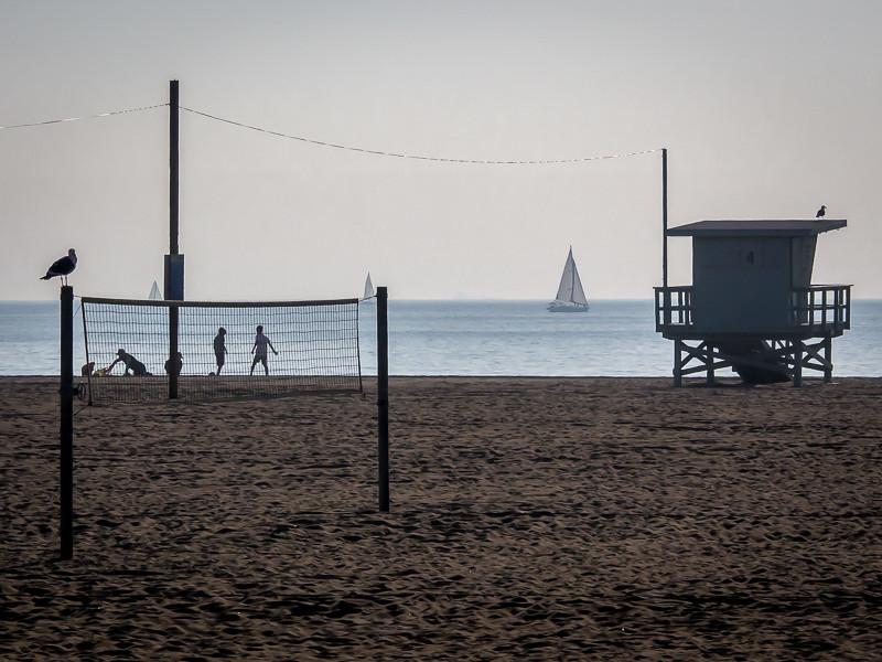 January 9 - Beachgoers-1.jpg