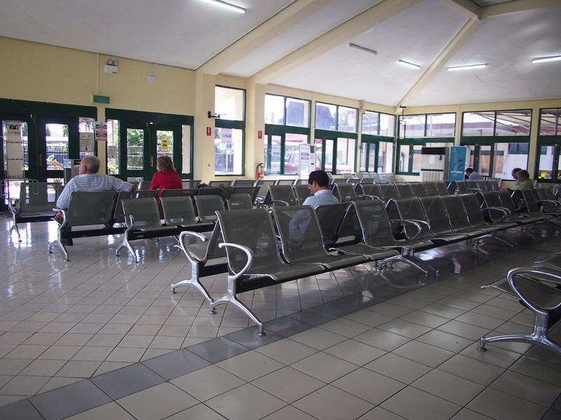 P5289017-departure-lounge.JPG