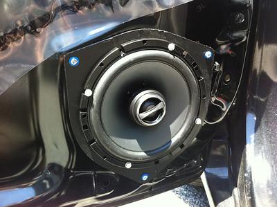 2010 Toyota Corolla LE Front Speaker Installation - USA