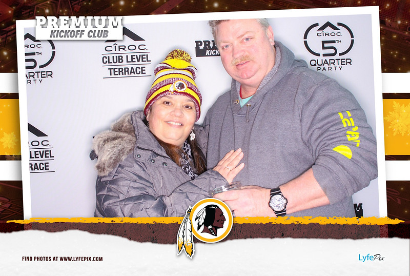 washington-redskins-philadelphia-eagles-premium-kickoff-fedex-photobooth-20181230-012805.jpg
