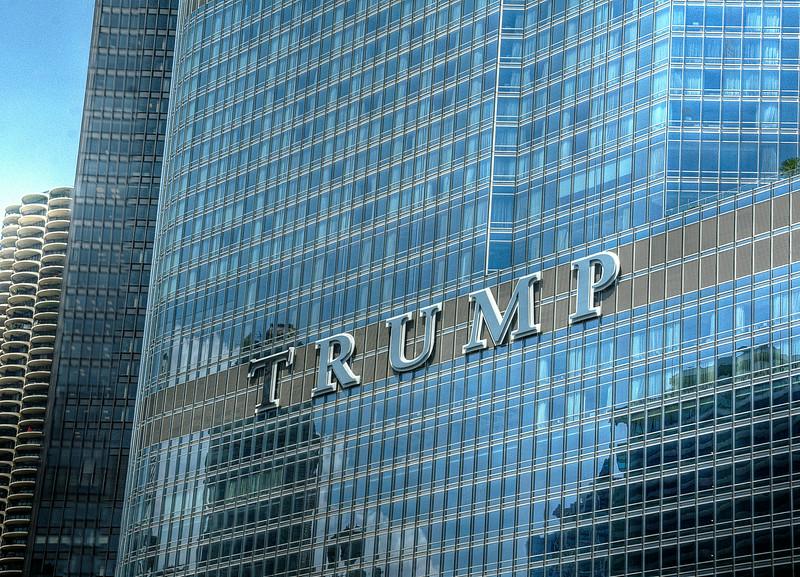 TrumpSignDSC_9652_3_4_tonemapped.jpg
