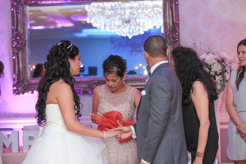 74_speeches_ReadyToGoPRODUCTIONS.com_New York_New Jersey_Wedding_Photographer_J+P (1075).jpg