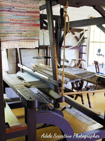 Hand Weaver