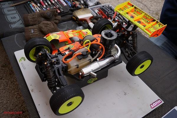 xb8-reno-savoya-sans-carro-cote-moteur.jpg