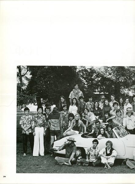 uschist-er-1975~0305.jpg
