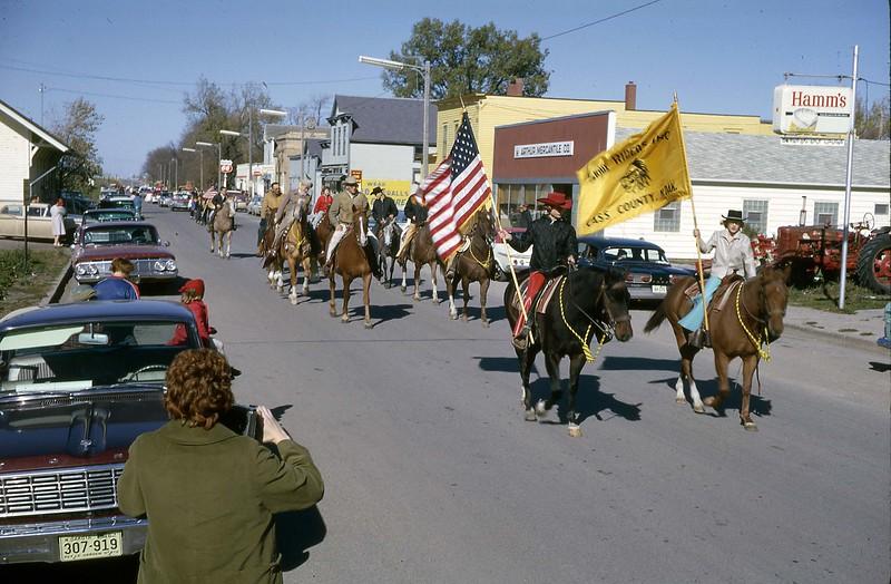 ARS059.  Parade - Trail riders – Arthur – 1964.jpg