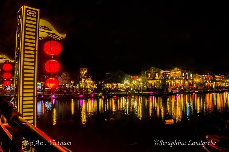 _DSC8638Night Bridge Lanterns.jpg
