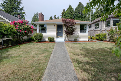 4141 47th Ave SW Seattle 98116