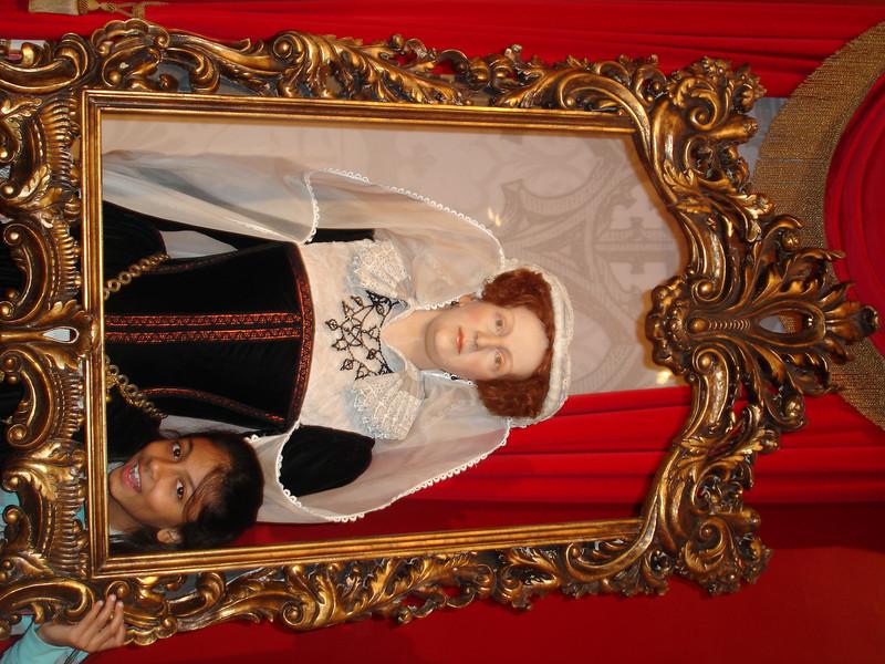 swati and kids in London 2008 171.JPG