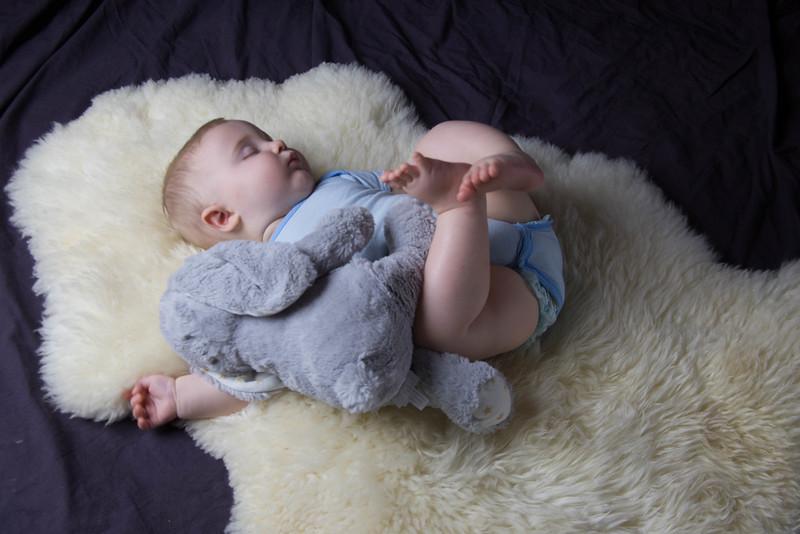 baby james 6 months-7.jpg
