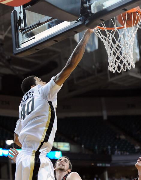 Ty Walker dunk.jpg
