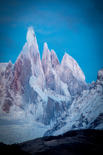 Cerro Torre V AM from the Canyon-1.jpg