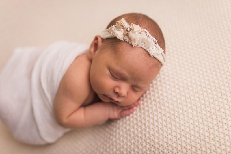 Kaylyn Newborn-131.jpg