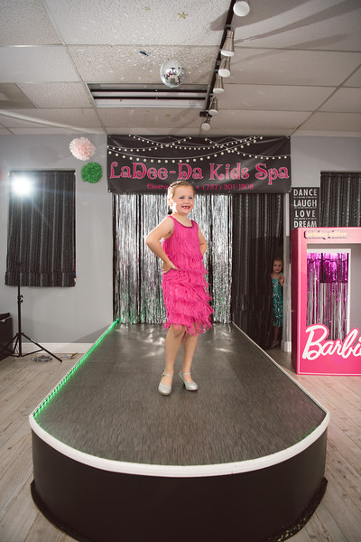 2020-0104-delaney-barbie-party-99.jpg