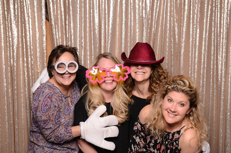 20180324_MoPoSo_Seattle_Photobooth_Number6Cider_Thoms50th-109.jpg