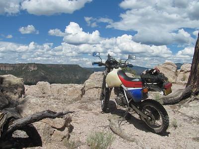 Jemez Mtns. - San Juan Mesa-Cat Mesa-Dome Rd DS Ride & Hikes  8-31-15