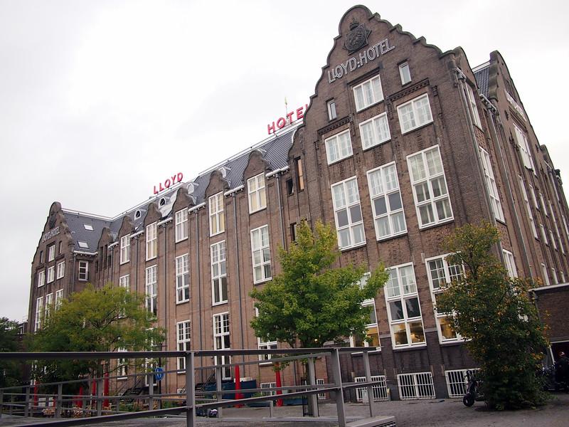 PA083614-lloyd-hotel-back.JPG