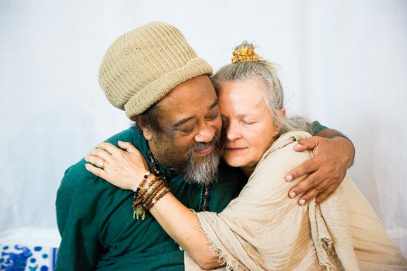 20160323_Moments with Mooji_meeting about sharing satsang_058.jpg