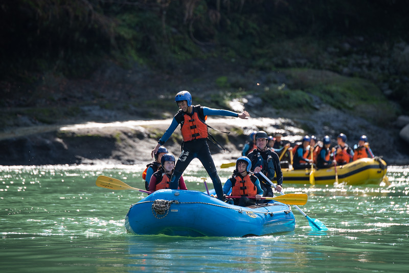 Grade 8 Expedition-Rafting-ELP_3883-2018-19.jpg