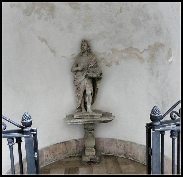 2014-06  Monte Sant'Angelo 129.jpg