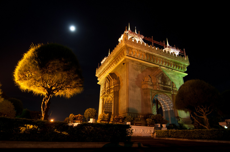 Patuxai at Night