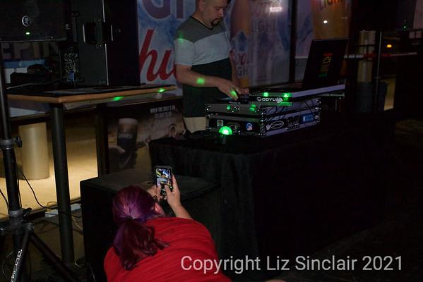 Live Nude DJS