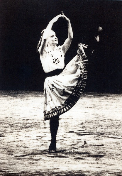 Dance_0842_a.jpg
