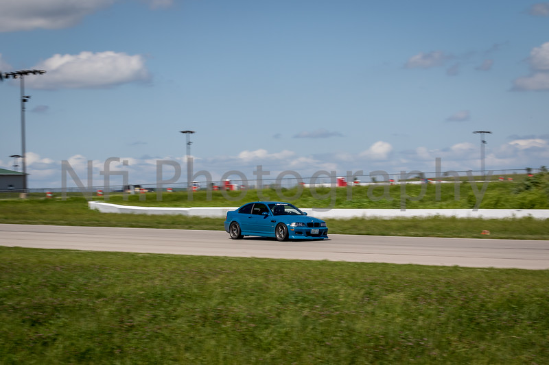 Flat Out Group 1-343.jpg