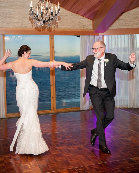 edgewater-hotel-spring-wedding-waterfront-downtown-seattle-wedding-carol-harrold-photography-19.jpg