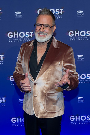 Premiere Ghost 191107 Stuttgart Stage Palladium Theater