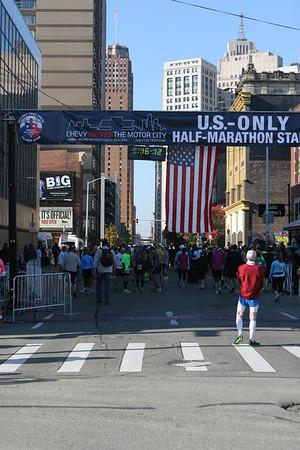 Start, US Only Half - 2012 Detroit Free Press Marathon