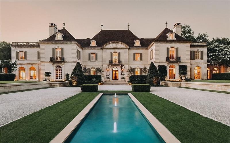 Crespi Estate.jpg