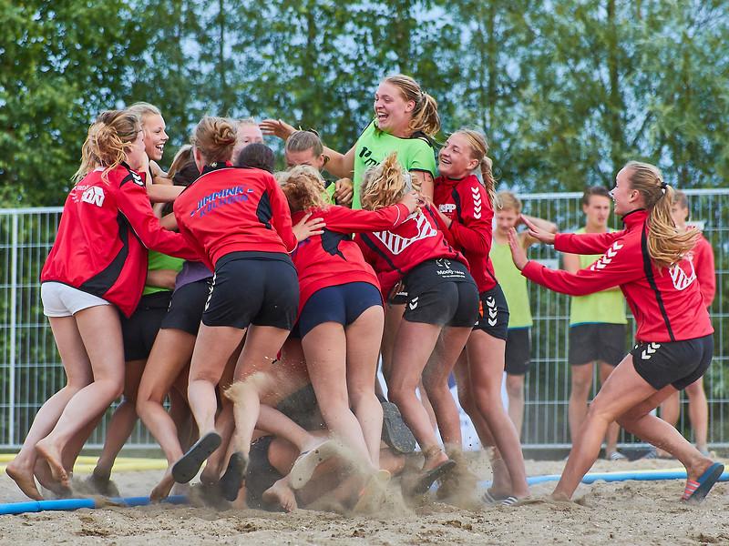 Molecaten NK Beach Handball 2017 dag 1 img 651.jpg