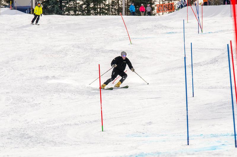 Standard-Races_2-7-15_Snow-Trails-318.jpg