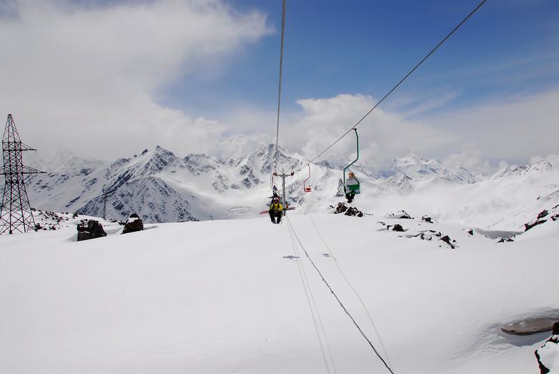 080501 1307 Russia - Mount Elbruce - Day 1 hiking up to Refuge No 11 _E _I ~E ~L.JPG