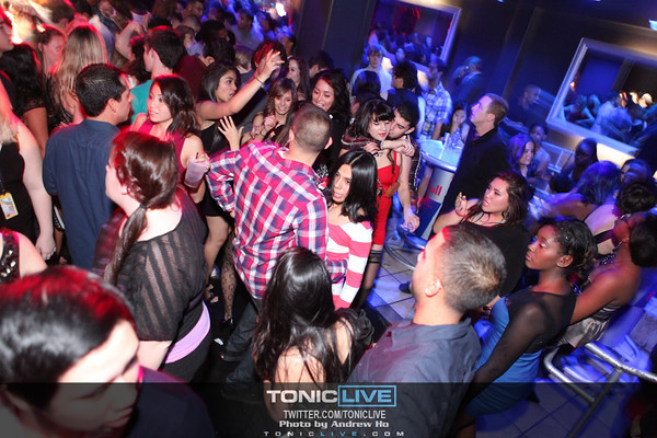 Every Friday Night @ NV 12/02/2011