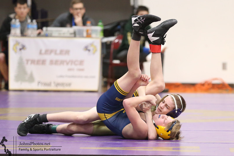 W 2020-01-25 JV tournament at Oak Harbor - JDF [009].JPG