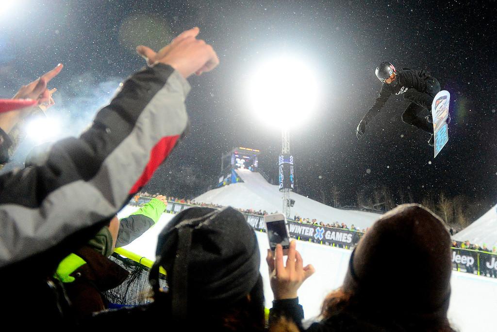 . ASPEN, CO. - JANUARY 24: Shaun White makes a hit during the men\'s Snowboard Superpipe elimination. Men\'s Snowboard Slopestyle elimination X Games Aspen Buttermilk Mountain Aspen January 24, 2013 (Photo By AAron Ontiveroz / The Denver Post)