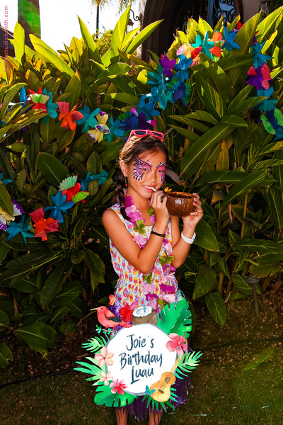 Joie's Birthday Luau-57.jpg