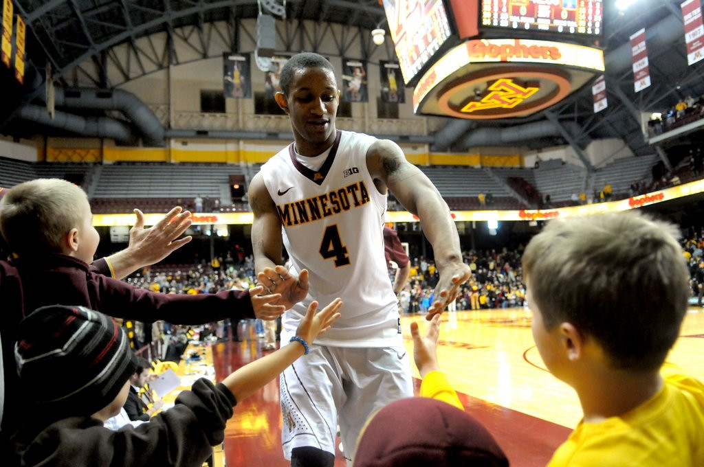 """. <p>4. NATIONAL INVITATION TOURNAMENT <p>The Gophers have mastered the art of winning the meaningless games. (10) <p><b><a href=\'http://www.twincities.com/gophers/ci_25404825/gophers-one-win-from-nit-final-four-victory\' target=\""""_blank\""""> HUH?</a></b> <p>    (Pioneer Press: Sherri LaRose-Chiglo)"""