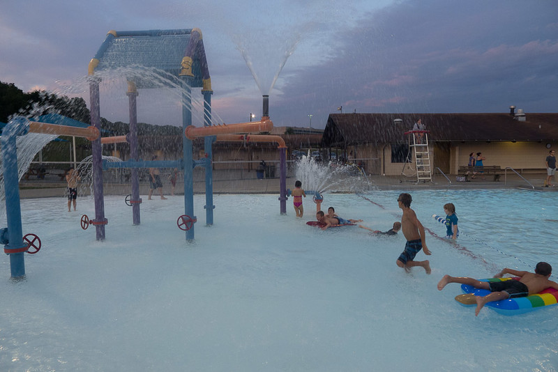 Hampton Dolphins Pool Party-0004-1120744.jpg