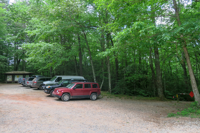 Trace Ridge Trailhead (Forest Road 142) -- 2,540'