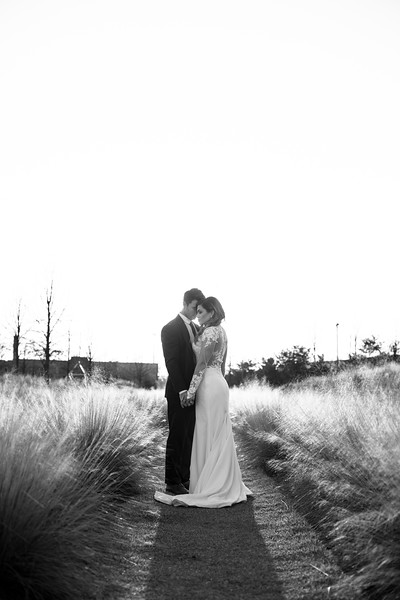 Kate&Josh_B&W_ZACH.WATHEN.PHOTOGRAPHER-458.jpg