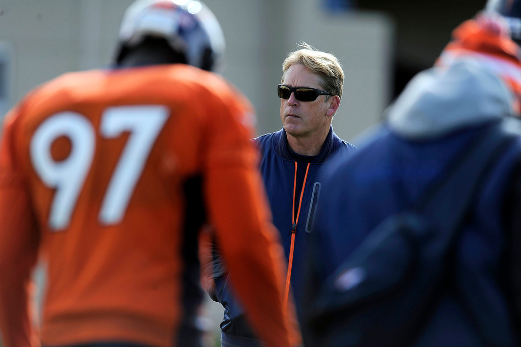 . Denver Broncos defensive coordinator Jack Del Rio watches the defense during practice November 4, 2013 at Dove Valley. The Denver Broncos on Monday named Defensive Coordinator Jack Del Rio as the team�s interim head coach, Executive Vice President of Football Operations John Elway announced.  (Photo by John Leyba/The Denver Post)