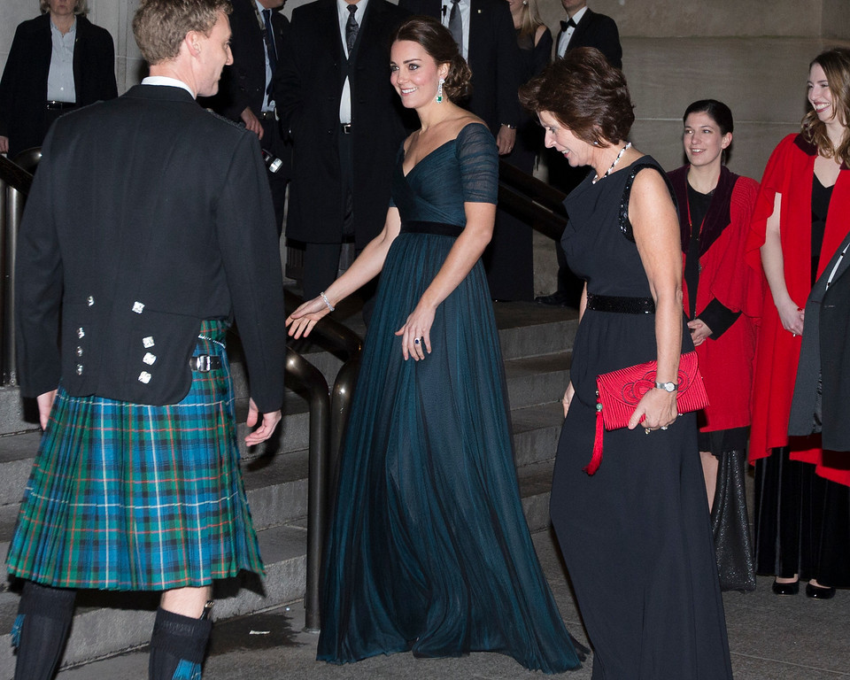 . Kate, Duchess of Cambridge, arrives at the Metropolitan Museum of Art, Tuesday, Dec. 9, 2014, in New York. Britain\'s Prince William and the Duchess of Cambridge are on the last of their 3-day tour of New York City, their first visit to the United States since a trip to California in 2011. (AP Photo/John Minchillo)
