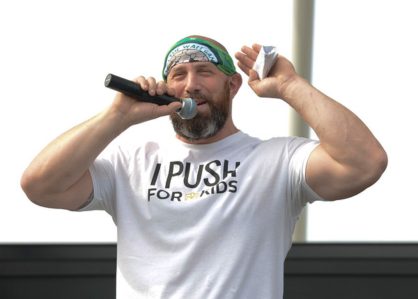 Hole in the Wall Gang Push Up Fundraiser 2016