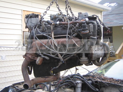 1982 - L83 Engine being removed from 1986 Z28 and crated